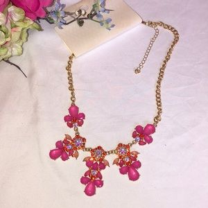 Jewelry - Pink bold crystal necklaces